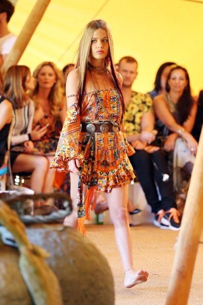 Georgia May Jagger défile pour la marque Camilla à Sydney, le 10 avril 2013.
