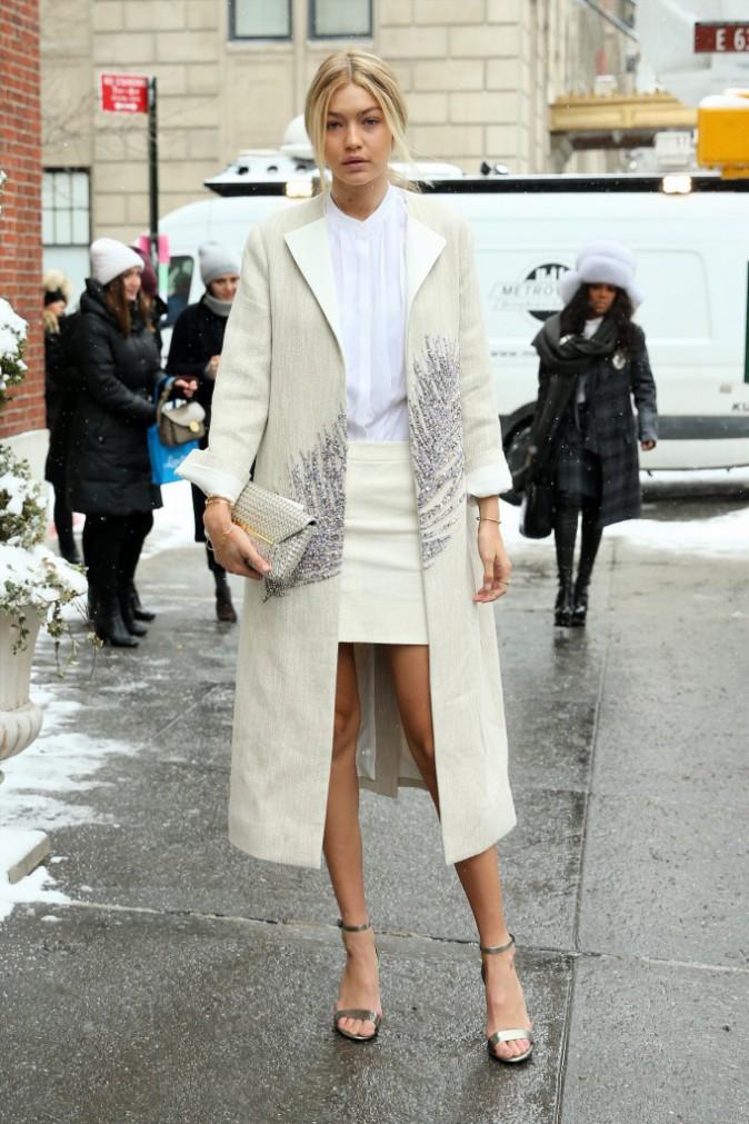 Photos : Gigi Hadid : elle affronte la neige new-yorkaise... mais toujours avec style !