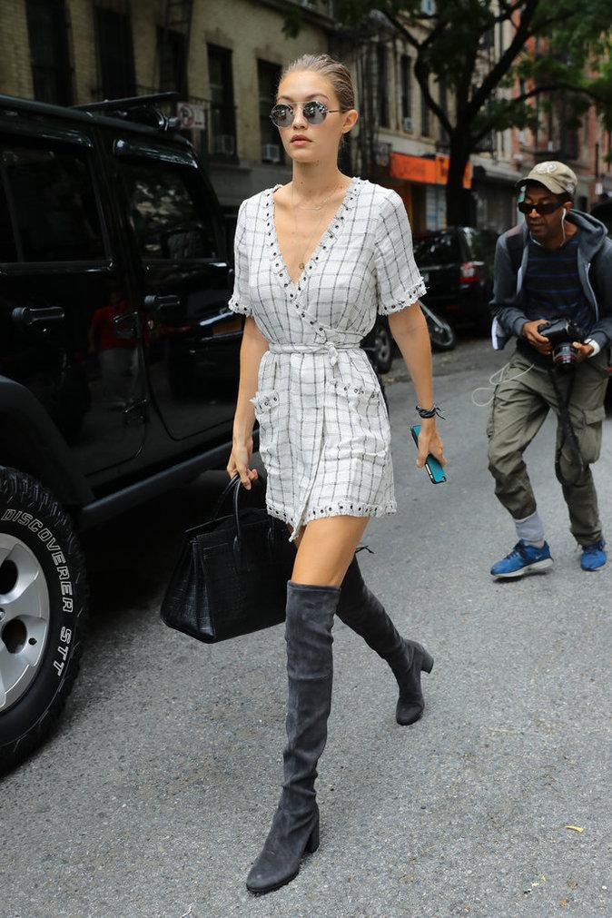 Gigi Hadid dans les rues de Manhattan ce lundi 5 septembre 2016