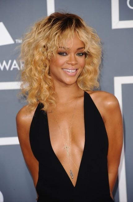 Rihanna lors de la cérémonie des Grammy Awards à Los Angeles, le 12 février 2012.