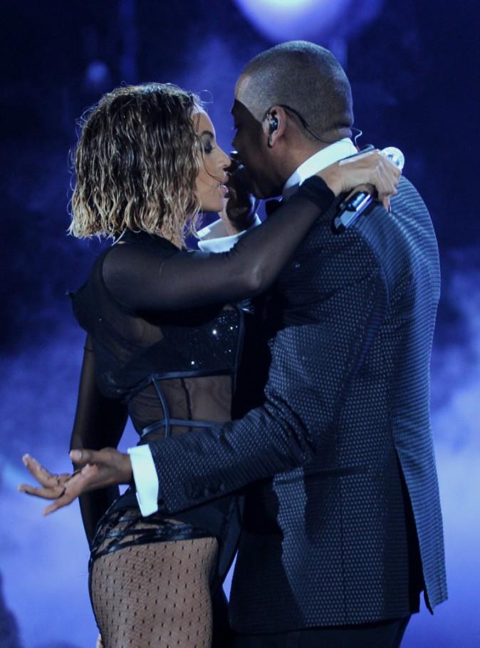 Beyoncé et Jay-Z sur la scène des Grammy Awards à Los Angeles, le 26 janvier 2014.