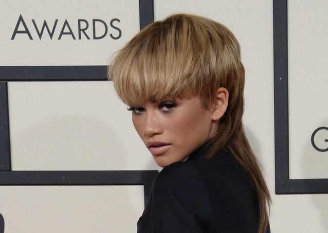 Photos : Grammy Awards 2016 : Zendaya adopte la coupe mulet !