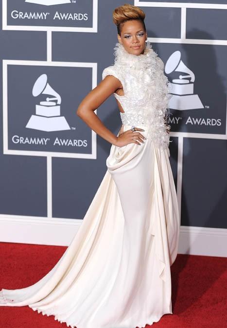 Rihanna, branchée !