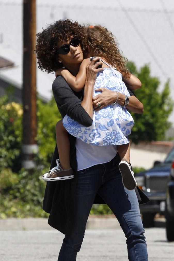 Halle Berry et sa fille Nahla à Studio City, le 22 avril 2012.