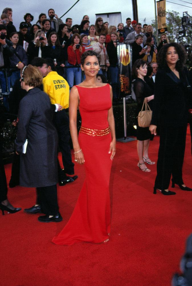 Photos : Halle Berry : la figure incontournable du cinéma fête ses 50 ans !