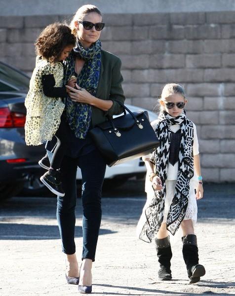 Heidi klum et ses filles Leni et Lou à Beverly Hills, le 2 janvier 2013.