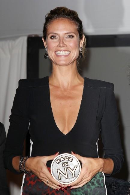 Heidi Klum reçoit un prix le 10 juin 2013 à New York