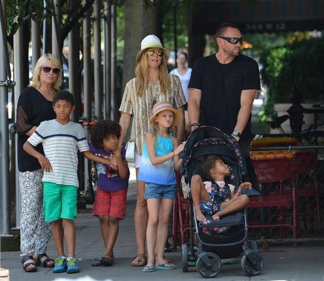 Heidi Klum avec sa tribu à New-York le 24 juin 2013