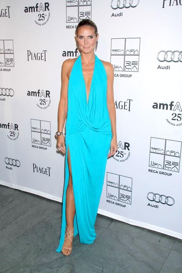 Heidi Klum mise sur une couleur d'été