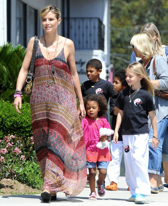 Heidi Klum en famille le 21 avril 2012 à Brentwood