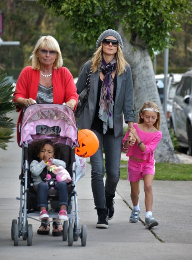 Heu, qui sait qui dit à Heidi et sa famille qu'Halloween c'est terminé ?