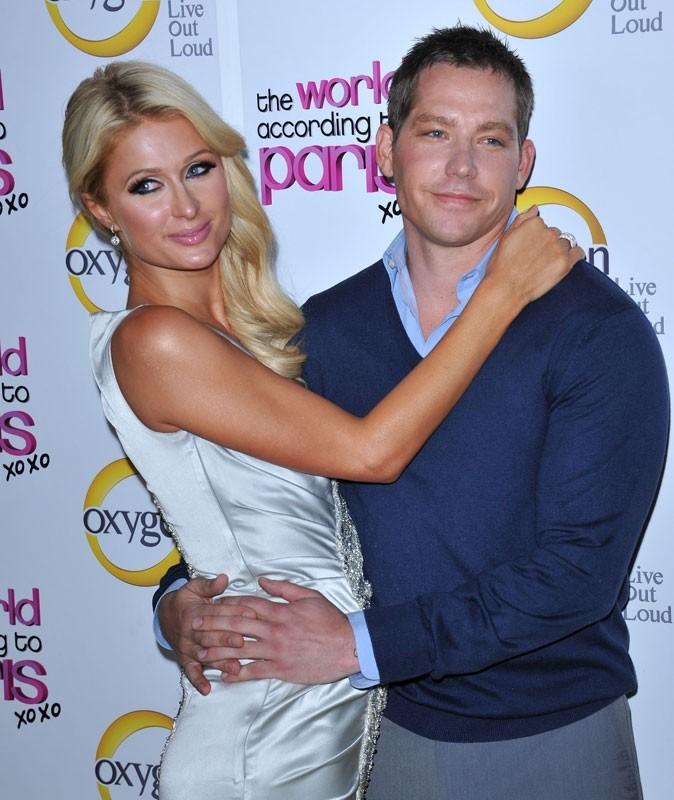 Paris Hilton : ce qui la fait craquer chez un mec ? Sa bonne odeur !