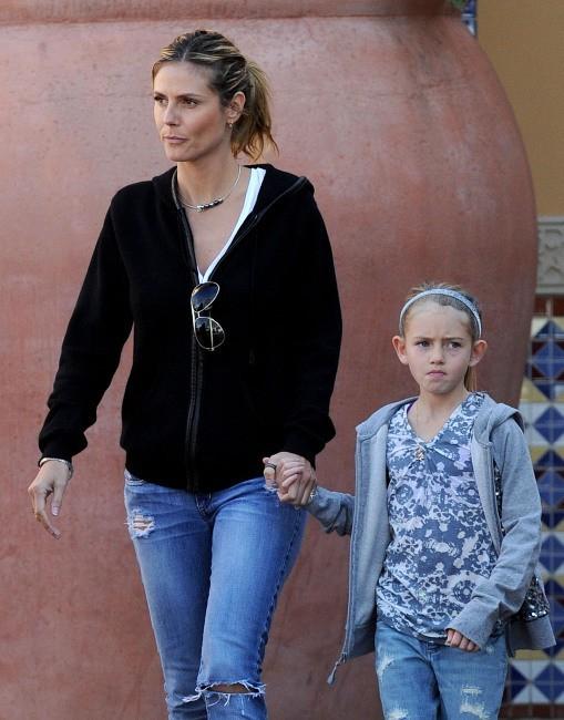 Heidi Klum et Leni le 28 décembre 2012 à Irvine en Californie