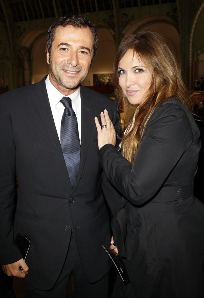 Bernard Montiel et Hélène Segara au Grand Palais de Paris pour le lancement de la FIAC le 23 octobre 2013