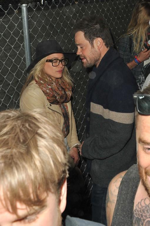 Hilary Duff avec Mike Comrie au festival de Coachella le 12 avril 2014