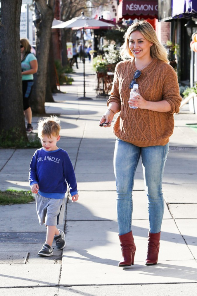 Photos : Hilary Duff : en plein divorce, elle se console avec son fils Luca !