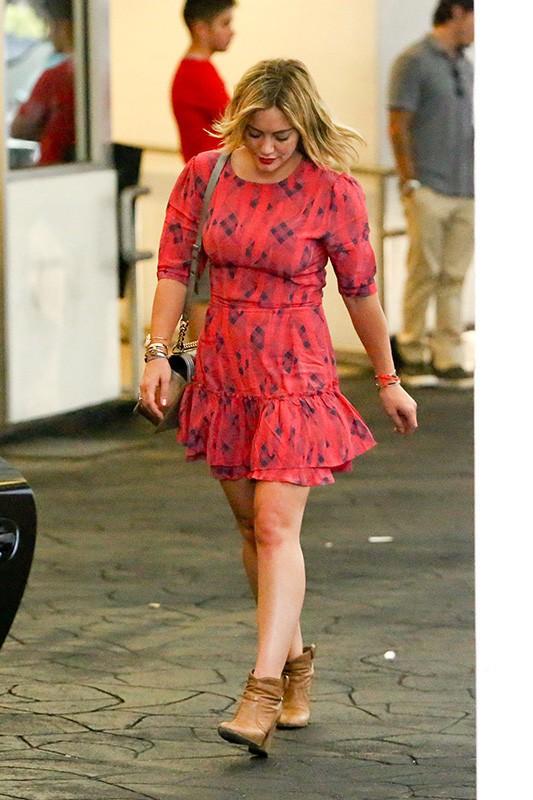 Photos : Hilary Duff et Mike Comrie : mais à quoi jouent-ils ?