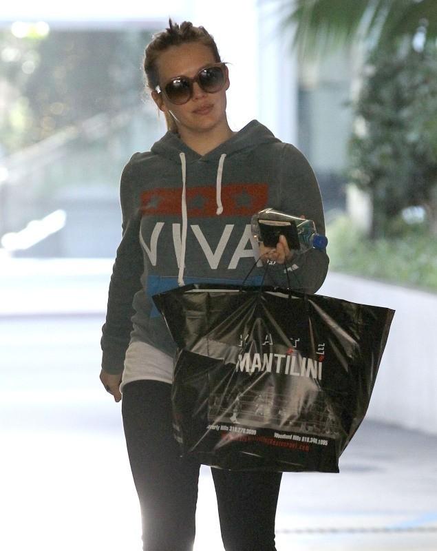 Hilary Duff le 25 novembre 2012 à Los Angeles