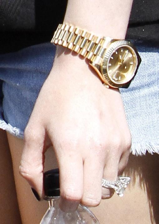 Une belle montre dorée !