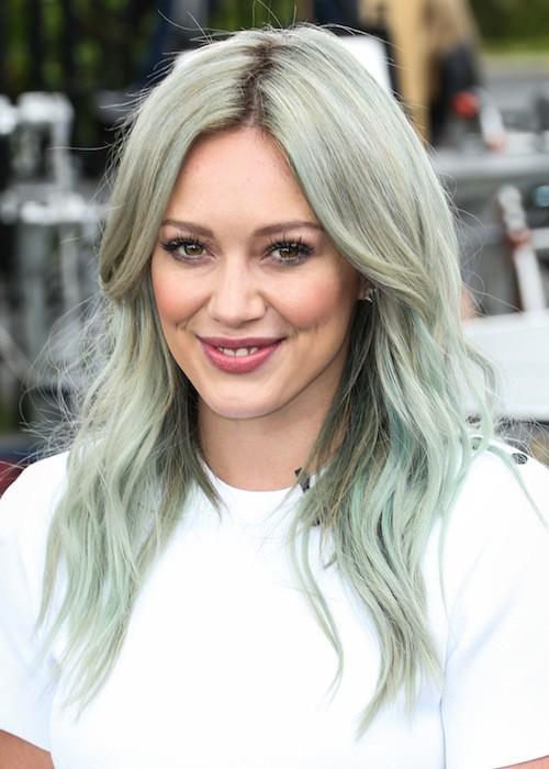 Photos : Hilary Duff : une coloration qui a mal vieilli pour dévoiler son nouveau single !