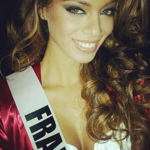 Hinarani de Longeaux prépare le concours de Miss Univers à Moscou