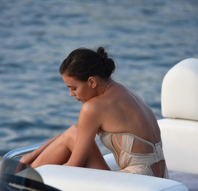 Irina Shayk à Saint-Tropez