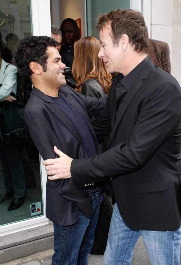 Jamel Debbouze et Franck Dubosc à la vente aux enchères en soutien à Florence Cassez le 16 juin 2012