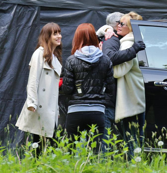 Jamie Dornan rencontre la mère de Dakota Johnson !