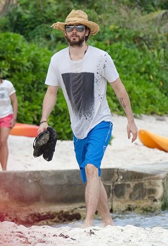 Jared Leto en vacances avec des amis au Mexique le 28 décembre 2013