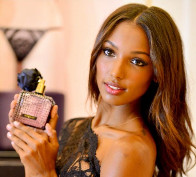 Jasmine Tookes en promotion pour Victoria's Secret à Miami le 21 octobre 2014