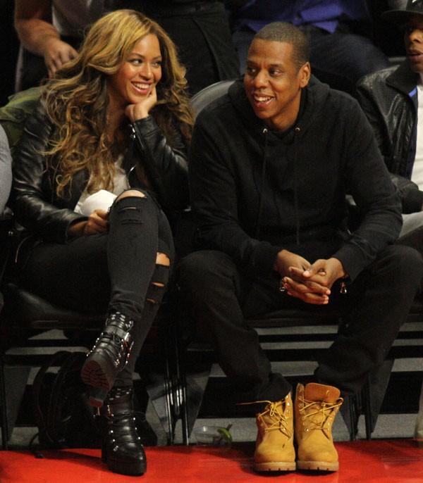 Jay-Z et Beyonce s'éclatent au Staples Center