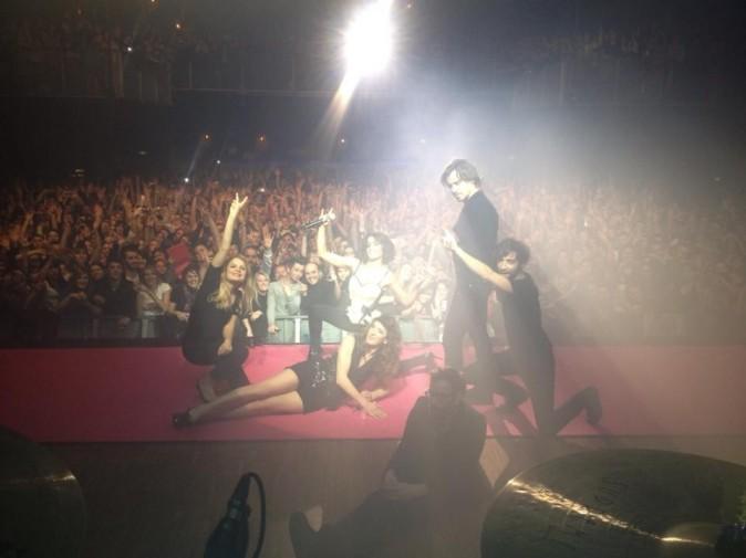 Photos : Jenifer : en tournée dans toute la France, elle met l'ambiance !
