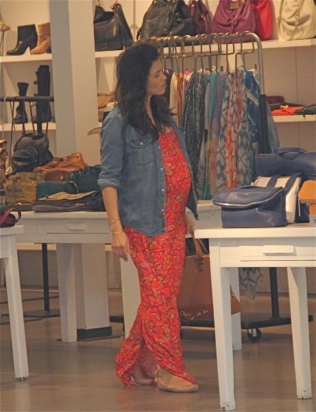 Jenna Dewan fait les boutiques