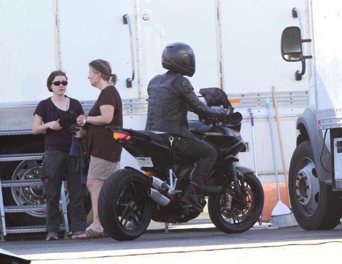Justin Theroux sur le tournage du nouveau film de Jennifer Aniston à Los Angeles le 8 avril 2014