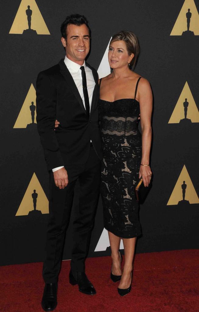Jennifer Aniston et Justin Theroux : ils ne se sont pas lâchés aux Governors Awards !