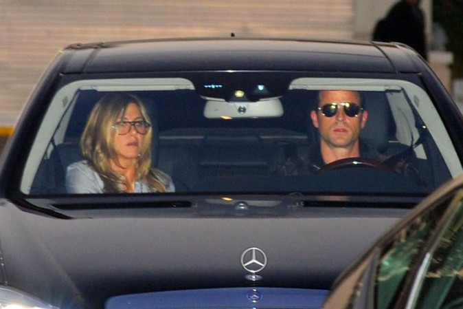 Jennifer Aniston et Justin Theroux en sortie shopping à Los Angeles le 8 décembre 2012