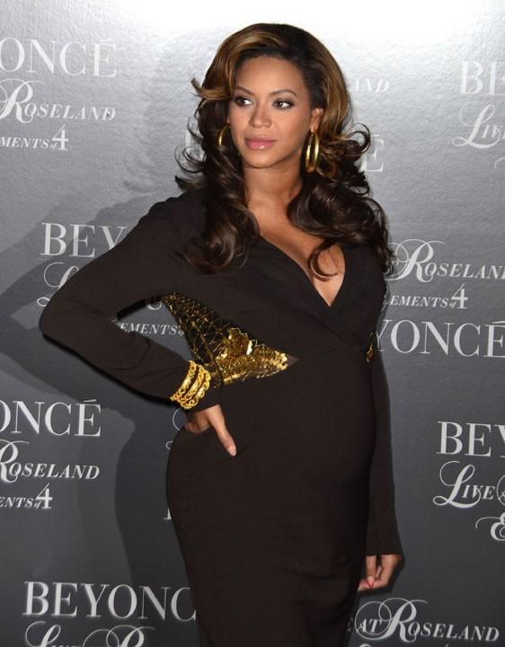 Beyoncé accouchera en 2012 !