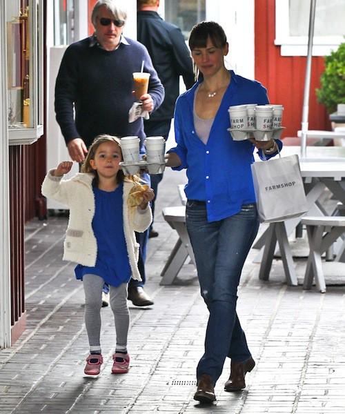 Photos : Jennifer Garner : maman occupée avec tous ses enfants, elle rajeunit !