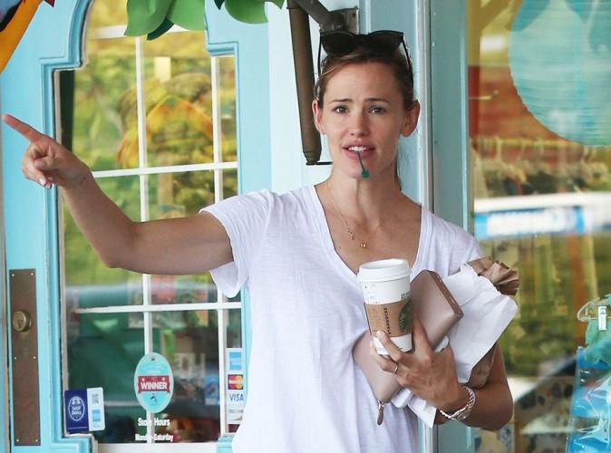 Jennifer Garner : pas de déprime en vue pour la star qui porte toujours son alliance !