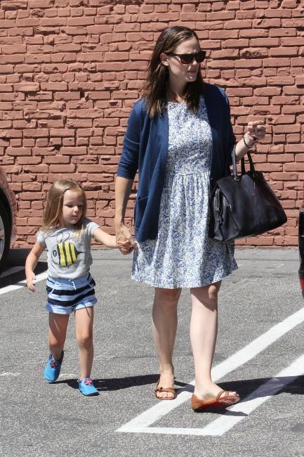 Jennifer Garner et Seraphina à Brentwood, le 8 juillet 2012.