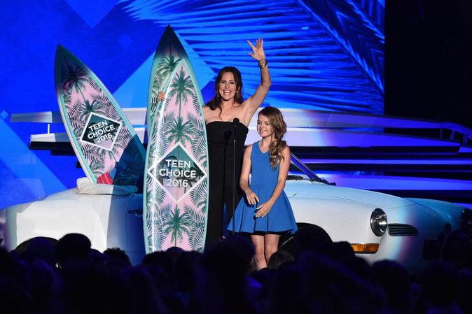 Jennifer Garner a remis un prix aux Teen Choice Awards