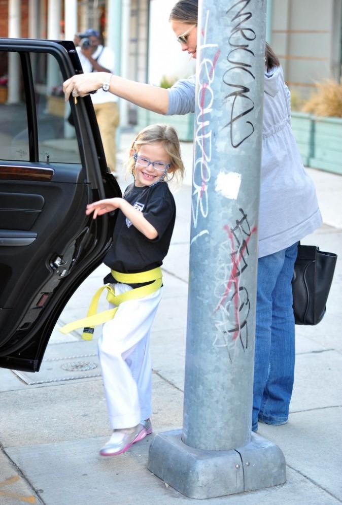 Elle es un peu haute la voiture pour Violet...