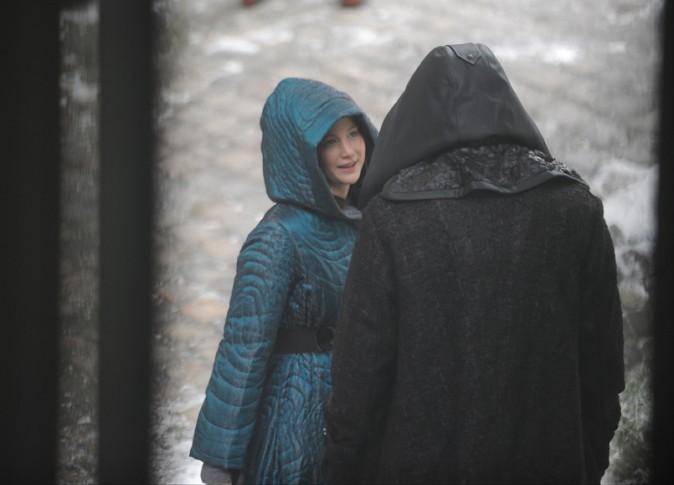 Jennifer Lawrence et Liam Hemsworth sur le tournage d'Hunger Games à Ivry-sur-Seine le 7 mai 2014