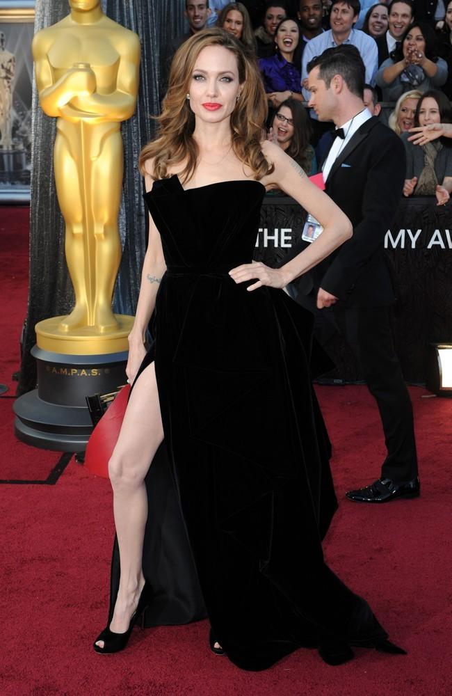Angelina se la joue...Angelina !