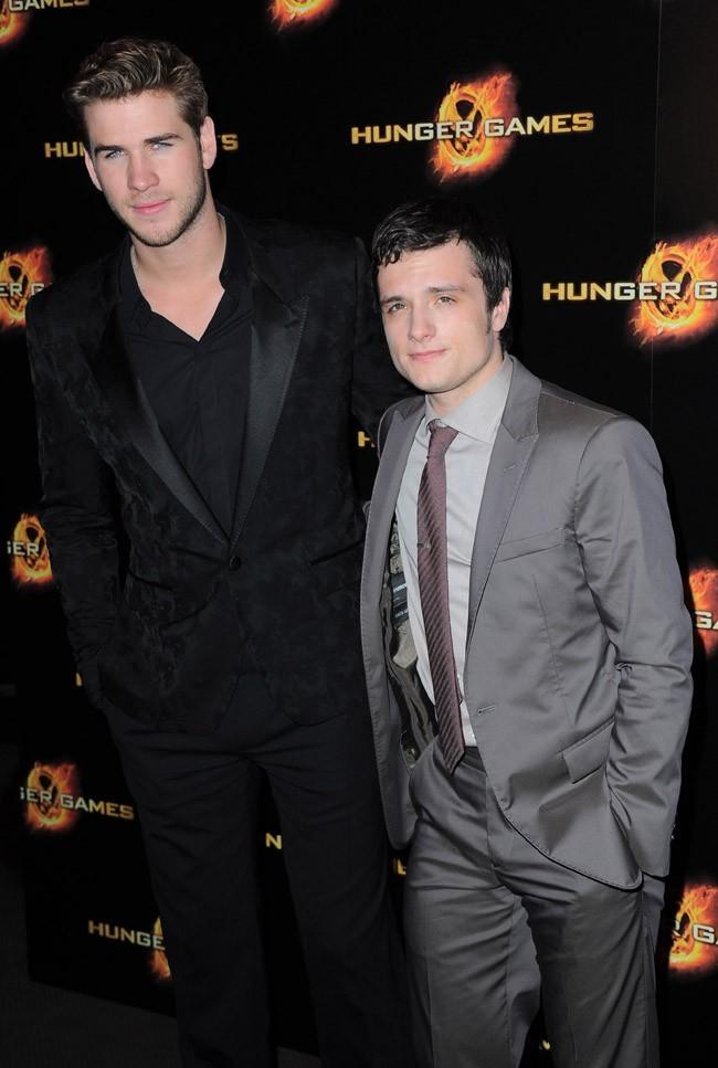 Liam Hemsworth a laissé son frère Chris à Londres !
