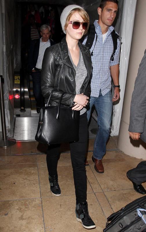 Jennifer Lawrence à l'aéroport de Los Angeles le 4 novembre 2013