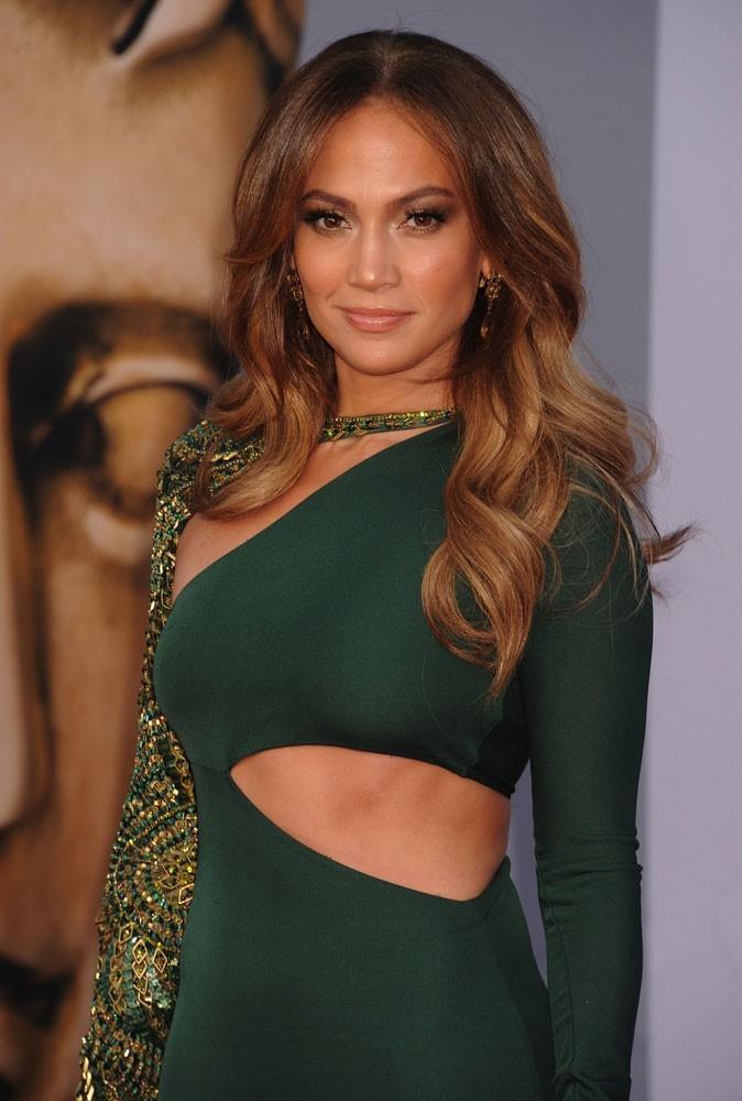 Photos : J-Lo a largué un chanteur pour un mannequin
