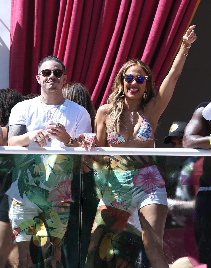 Jennifer Lopez et Casper Smart font la fête à Las Vegas ce dimanche 29 mai