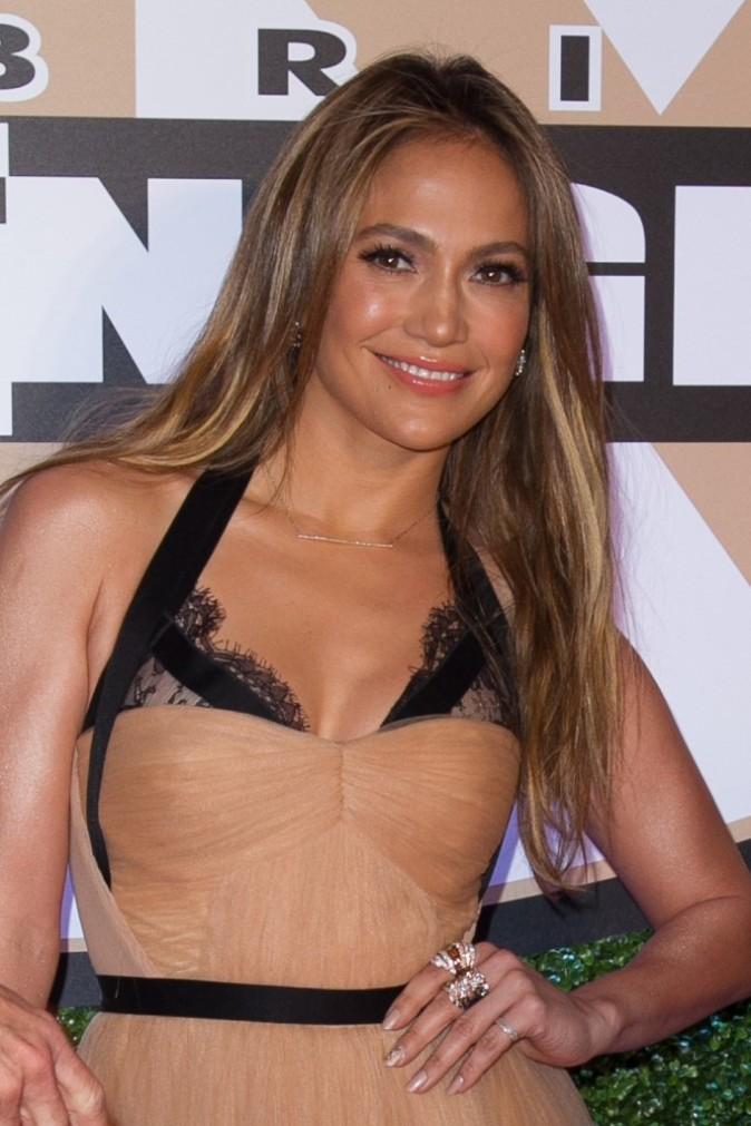 "Jennifer Lopez lors de la soirée caritative ""Muhammad Ali's Celebrity Fight Night XIX"" à Phoenix, le 23 mars 2013."