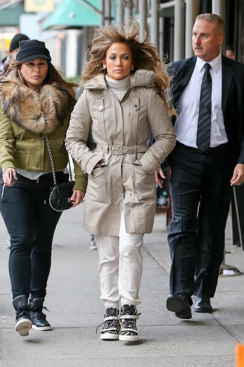 Photos : Jennifer Lopez : elle oublie les mecs et les paillettes le temps d'une sortie avec sa sœur !